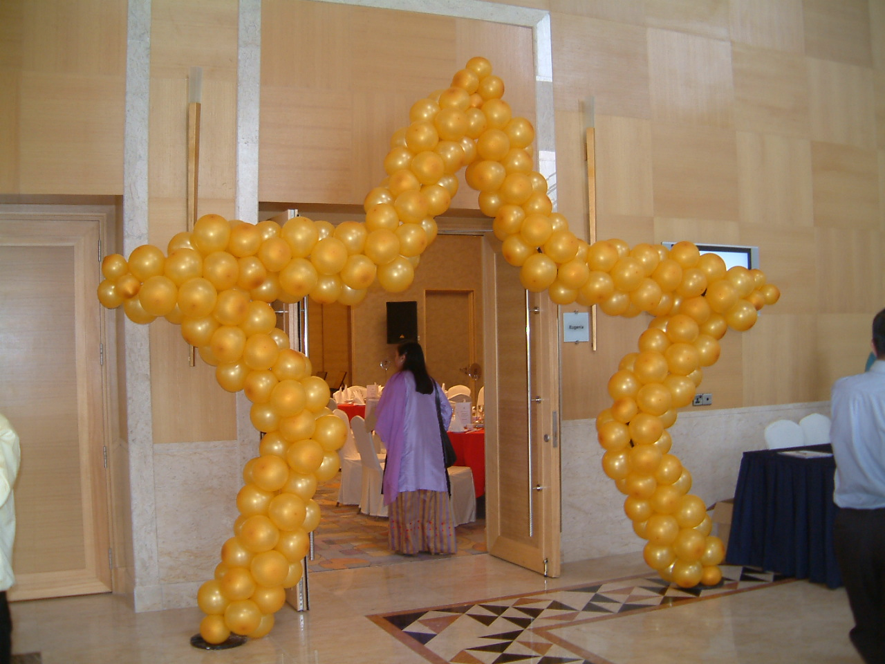 star balloon